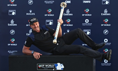 I'm too sexy for this trophy. (Photo cred: The Guardian courtesy of Andrew Redington/Getty Images)