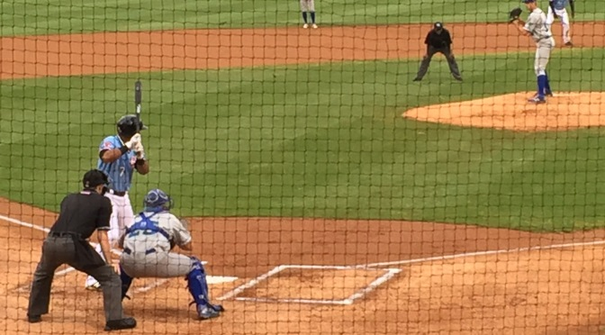 Texas Rangers prospect Andy Ibanez off to a hot start for the Hickory Crawdads
